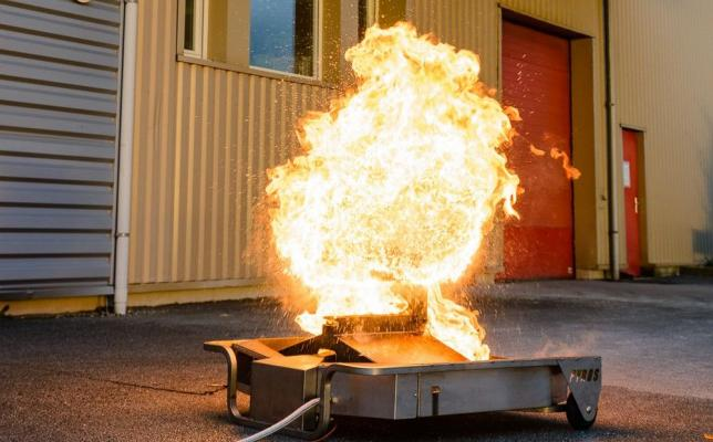 Training_module_for_fire_trainer_action_oil_explosion.jpg